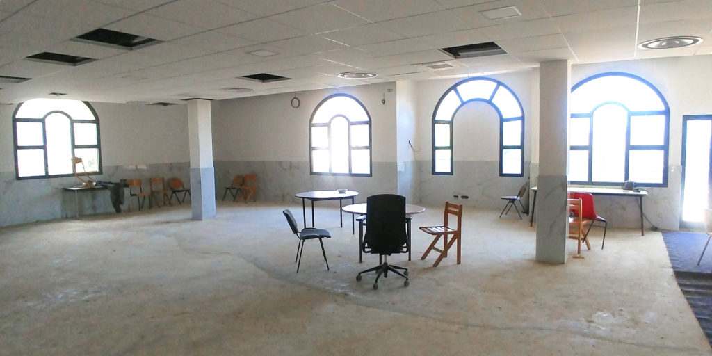 Avril 2021: Carrelage mural salle de prière